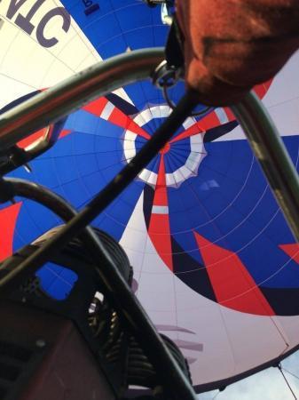 Сборная России прибыла на 3-й Чемпионат мира по воздухоплавательному спорту среди молодежи